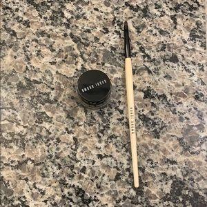Bobbi Brown gel eyeliner and eyeliner brush